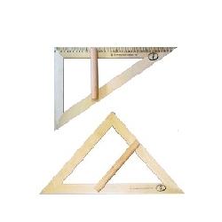 Medinis trikampis,mokyklinis 45 laipsnių