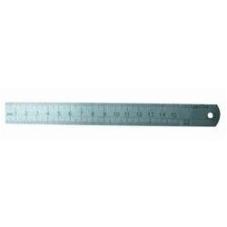 Liniuotė metalinė 15 cm.