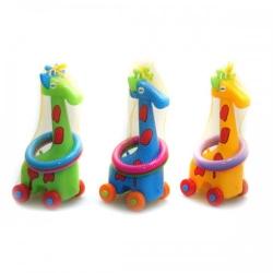 Žirafa su žiedais